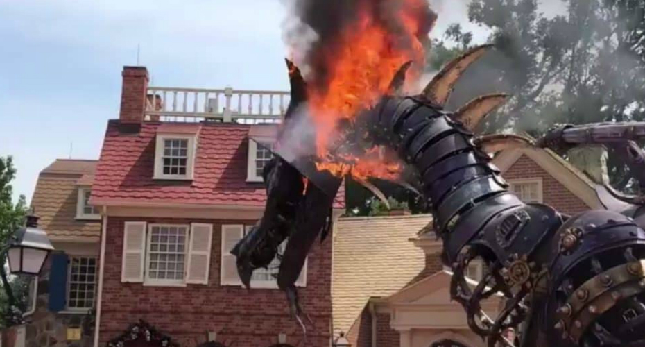 Fantasy Parade Dragon Float Catches On Fire At Disney World 9