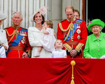 The Wealth Of The Royal Family Explained! 4