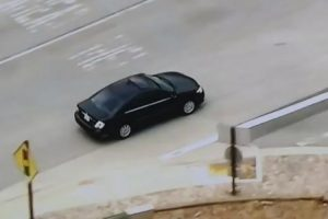 News Chopper Accidentally Starts Tracking The Wrong Car During Police Chase 11