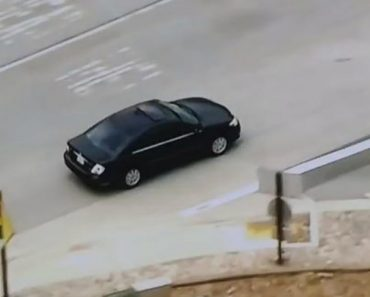 News Chopper Accidentally Starts Tracking The Wrong Car During Police Chase 7