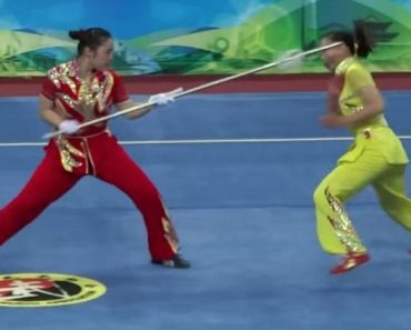 Watch Two Women Perform An Amazingly Fast Wushu Combat Routine 1
