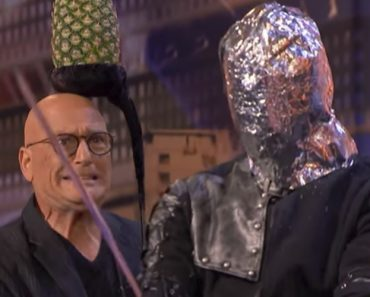 Man Pours Hot Wax On Eyes And Swings Sword At Howie Mandel During AGT Performance 5