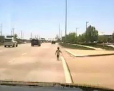 Cop Rescues Toddler Wandering Along Illinois Highway 5