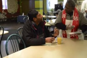 This Soup Kitchen Is Disguised As a Restaurant So The Homeless Can Dine With Dignity 10