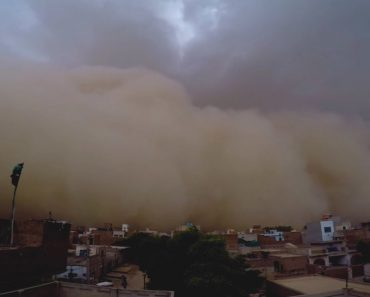 Incredible First Person Perspective Of Violent Dust Storm 7