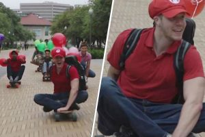 """7 Men Compete in Real-Life Game of """"Mario Kart"""" on Texas Streets 12"""