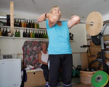 Britain's Oldest Weightlifting Couple 4