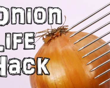 If You Hate Cutting Onions, There's A Cheap Trick That'll Make This Food Prep Much Easier 3