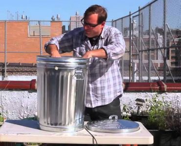 How to Make a Meat Smoker with a Trash Can 7