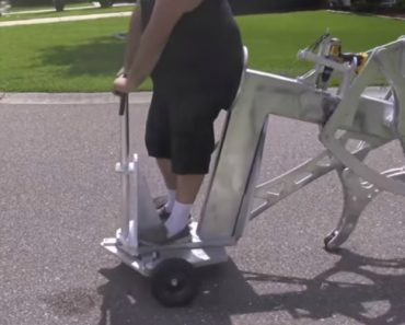 This Dudes Drill-Powered Walking Machine Is Strangely Fascinating 2