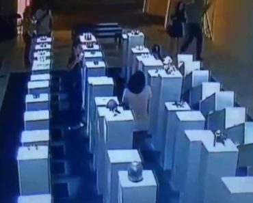 Woman Destroys $200,000 Of Art When Her Selfie Goes Wrong 5