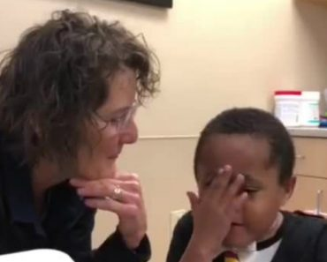 Boy With Paralyzed Vocal Chords Speaks With Electrolarynx For First Time 4