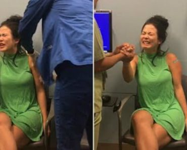 Reporter Comes Up With Truly Hilarious Ways To Distract Herself While Getting An Injection 2