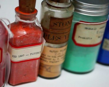 The Harvard Library That Protects The World's Rarest Colors 3