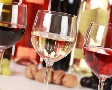 Which Of These 10 Wine Myths Do You Believe?! 1